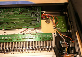 Yamaha DX7s battery replacement with a battery holder